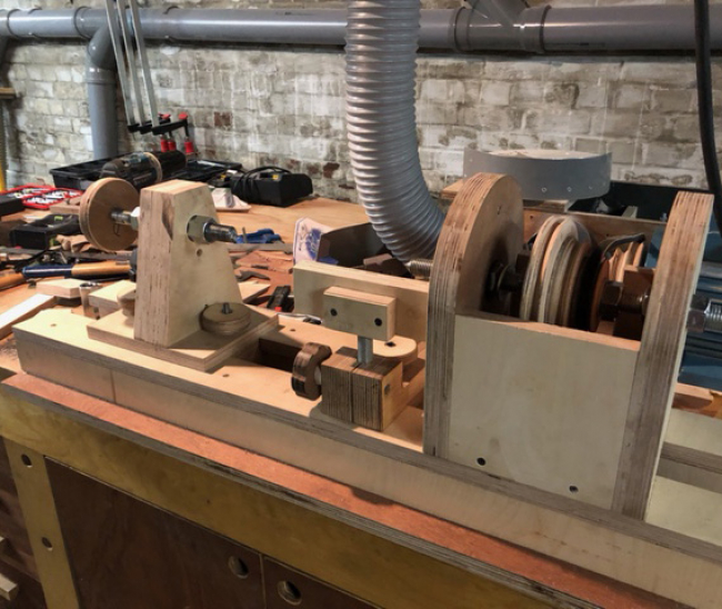 homemade-lathe-sanding-station-readers-project