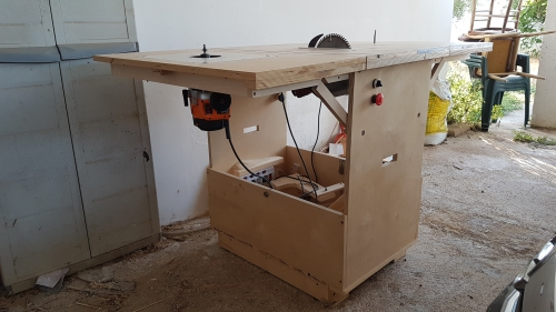 http://paoson.com/uploadPics/uploads/Luigi Rizzello's Portable Workshop7.jpg