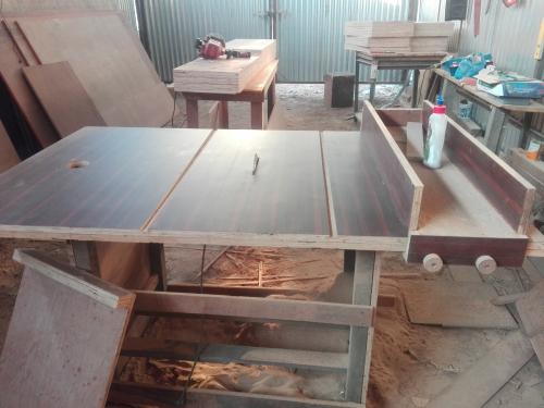 http://paoson.com/uploadPics/uploads/Ujjwal-Nepal-Table-Saw3.jpg